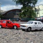 zabawki miniatury fiat i polonez